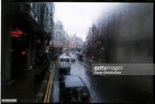 Le temps pluvieux depuis un autobus Londres