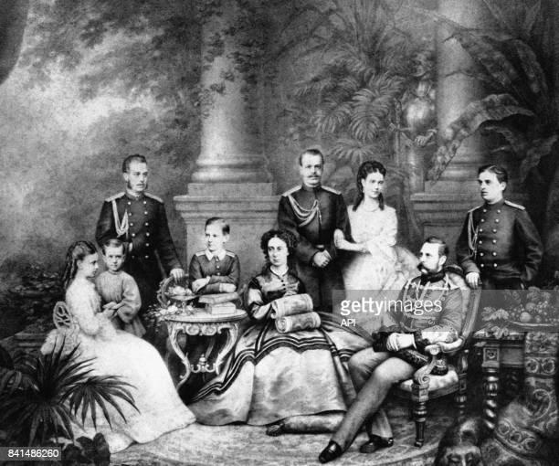 Le tsar Alexandre II de Russie avec sa femme Alexandra Féodorovna et leurs enfants en 1872