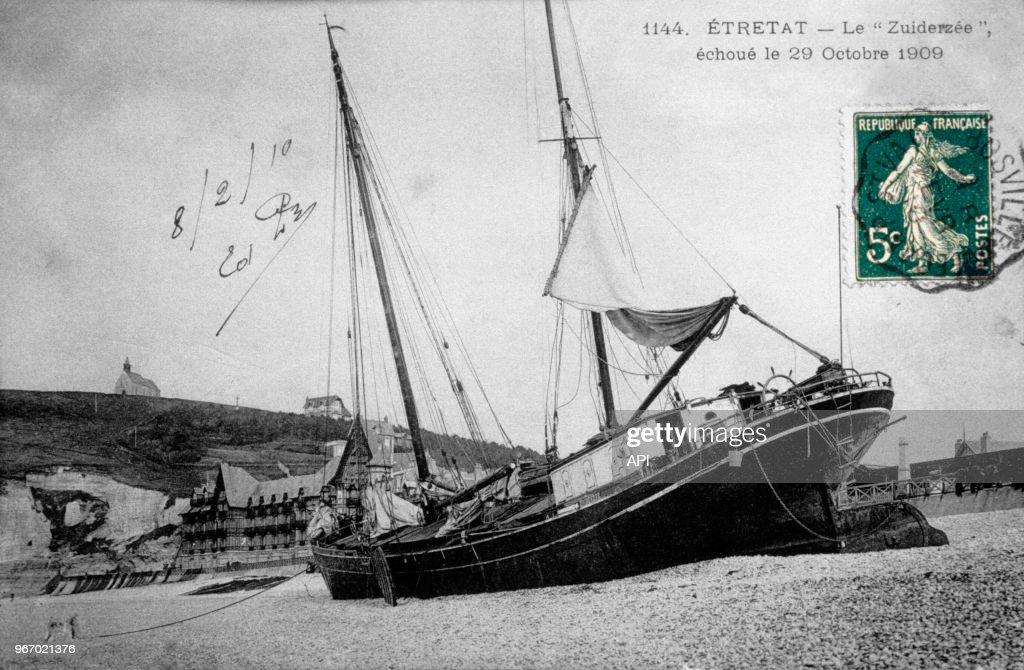 Le Zuiderzee Voilier Deux Mats Echoue Le 29 Octobre 1909 A Etretat News Photo Getty Images