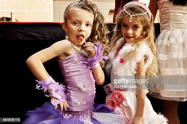 ORLEANS FRANCE NOVEMBER 09 Lea 5 years and Rihanna 4 years pose during the Mini Miss contest on November 09 2013 near OrleansFrance