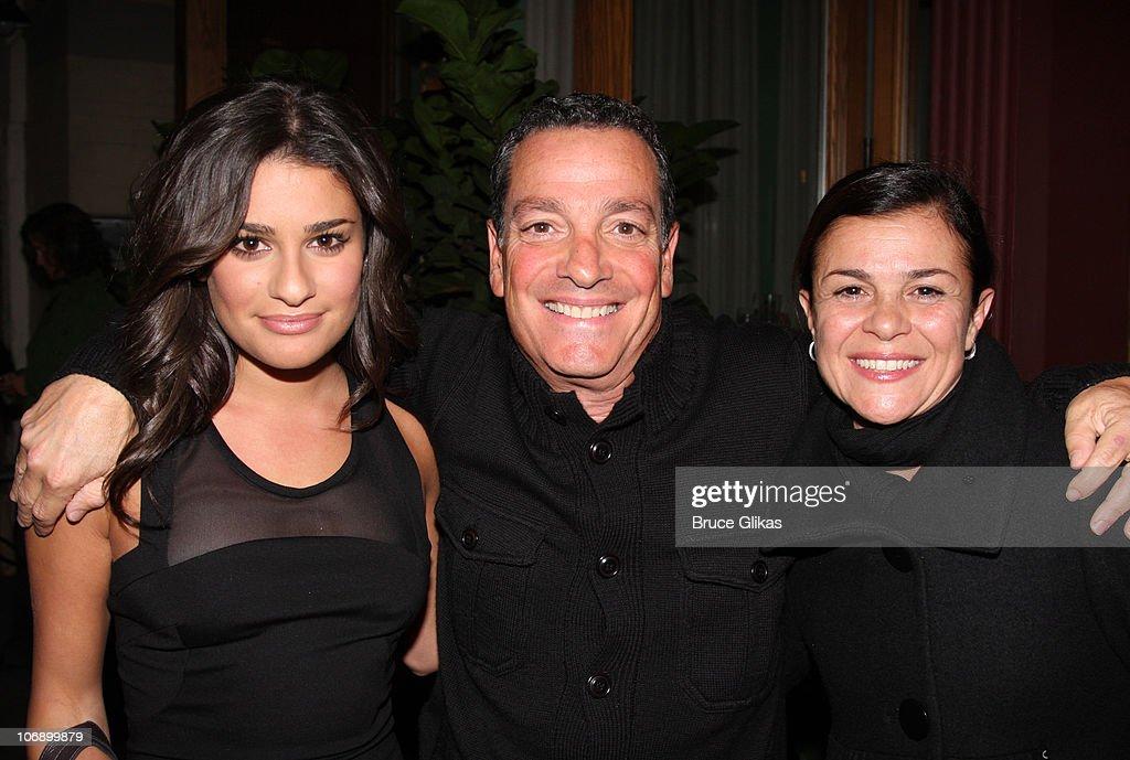 Celebrities Visit Broadway - October 6, 2009 : News Photo