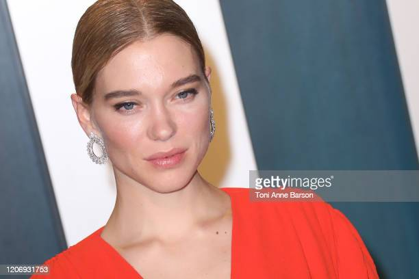 Lea Seydoux attends the 2020 Vanity Fair Oscar Party at Wallis Annenberg Center for the Performing Arts on February 09 2020 in Beverly Hills...