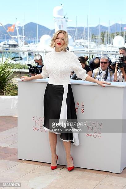 Lea Seydoux attends the 'It's Only The End Of The World ' Photocall during the 69th annual Cannes Film Festival at the Palais des Festivals on May 19...
