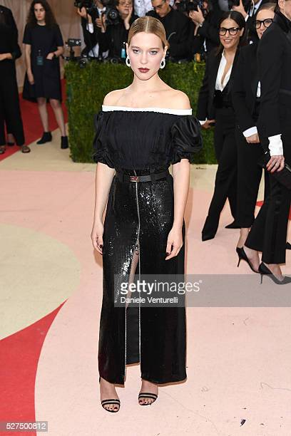 Lea Seydoux attends the 'Manus x Machina Fashion In An Age Of Technology' Costume Institute Gala at Metropolitan Museum of Art on May 2 2016 in New...
