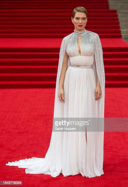 """Lea Seydoux attends the """"No Time To Die"""" World Premiere at Royal Albert Hall on September 28, 2021 in London, England."""