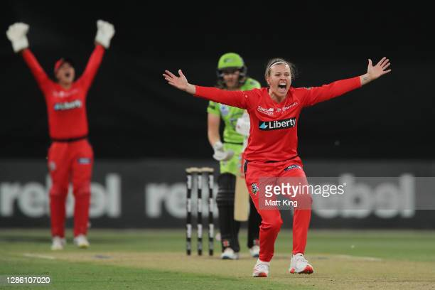 Lea Tahuhu of the Renegades appeals successfully for the wicket of Rachel Trenaman of the Thunder during the Women's Big Bash League WBBL match...