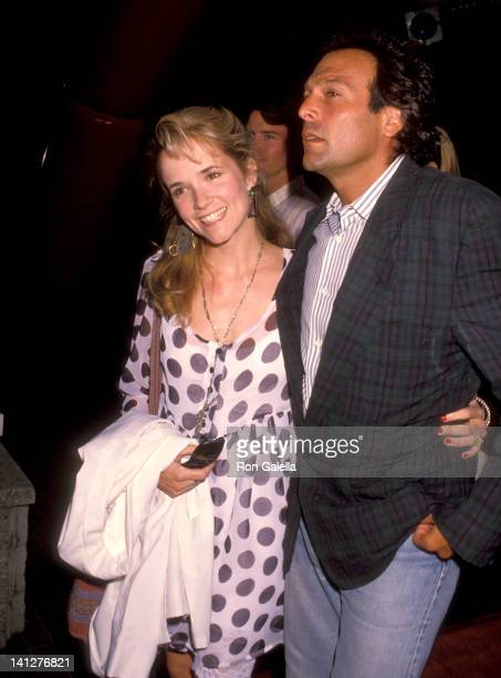Lea Thompson and Howard Deutch at the Premiere of 'Die Hard 2' Avco Center Cinema Westwood