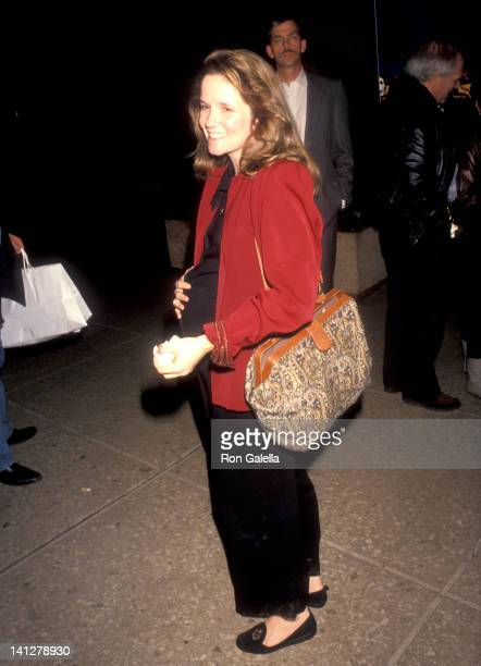 Lea Thompson at the Premiere of 'Silence of the Lambs' Cineplex Odeon Cinemas Century City