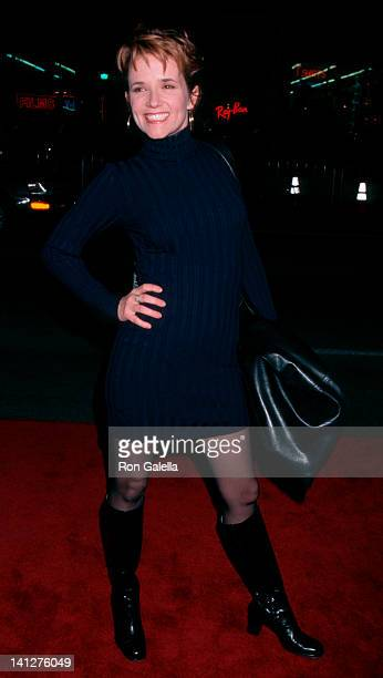 Lea Thompson at the Premiere of 'Titanic', Mann Chinese Theater, Hollywood.