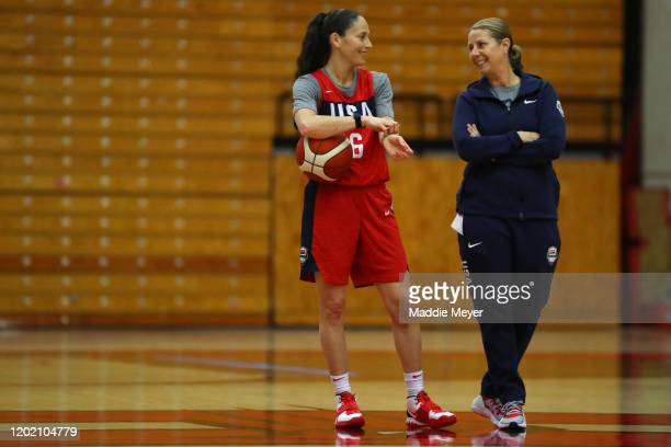 Lead coach Cheryl Reeve talks with Sue Bird during a United States practice session at Chase Arena on January 26 2020 in West Hartford Connecticut