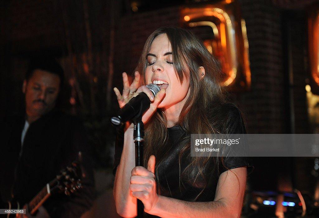 Lead Signer Of The Sweedish Music Group Nonono Stina Wappling News Photo Getty Images