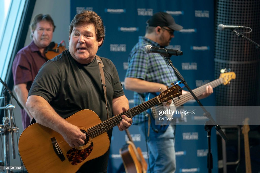 Shenandoah Performs Live On SiriusXM's Prime Country Channel From The SiriusXM Nashville Studios