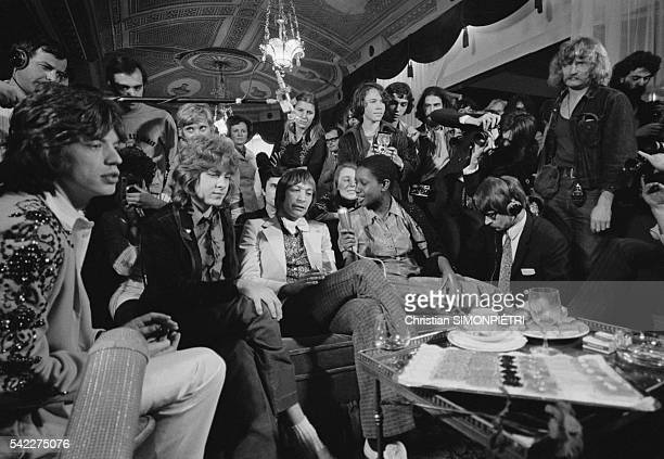 Lead singer of The Rolling Stones Mick Jagger Mick Taylor and drummer Charlie Watts attend a press conference in Paris The group are performing three...