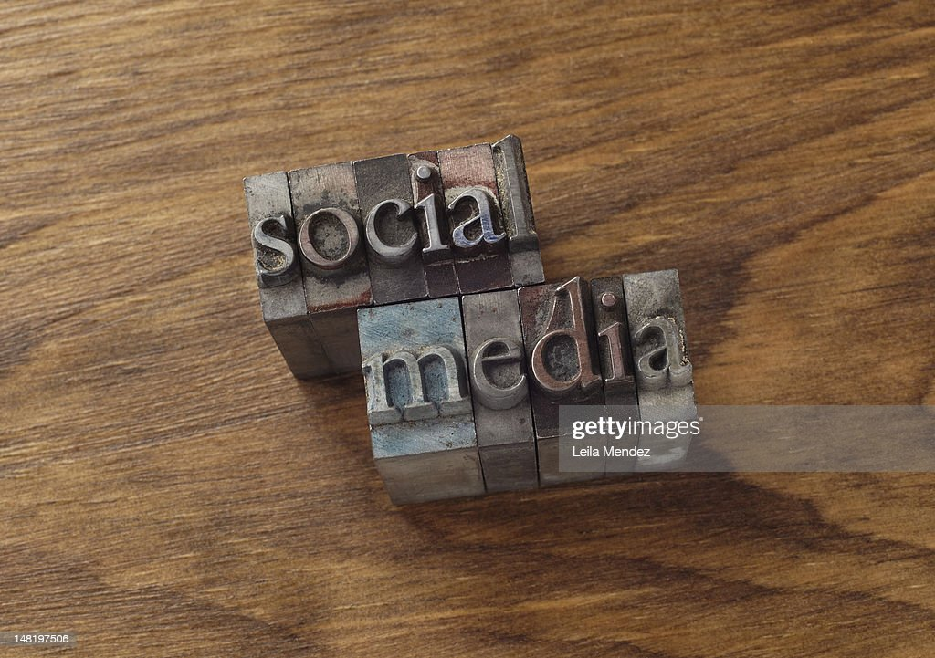 Lead type spelling ''social media'' : Stock Photo