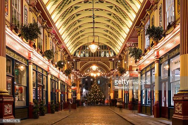 leadenhall market, city of london, london - レドンホールマーケット ストックフォトと画像