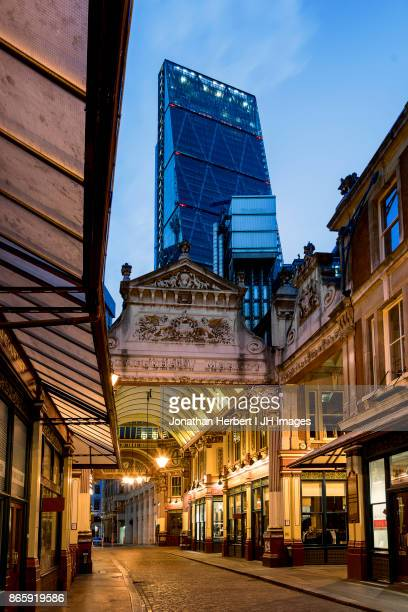leadenhall market in london - leadenhall market stock pictures, royalty-free photos & images