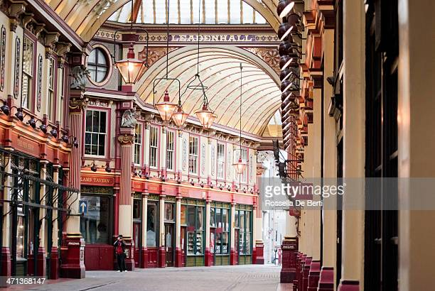 leadenhall market - london - leadenhall market stock photos and pictures