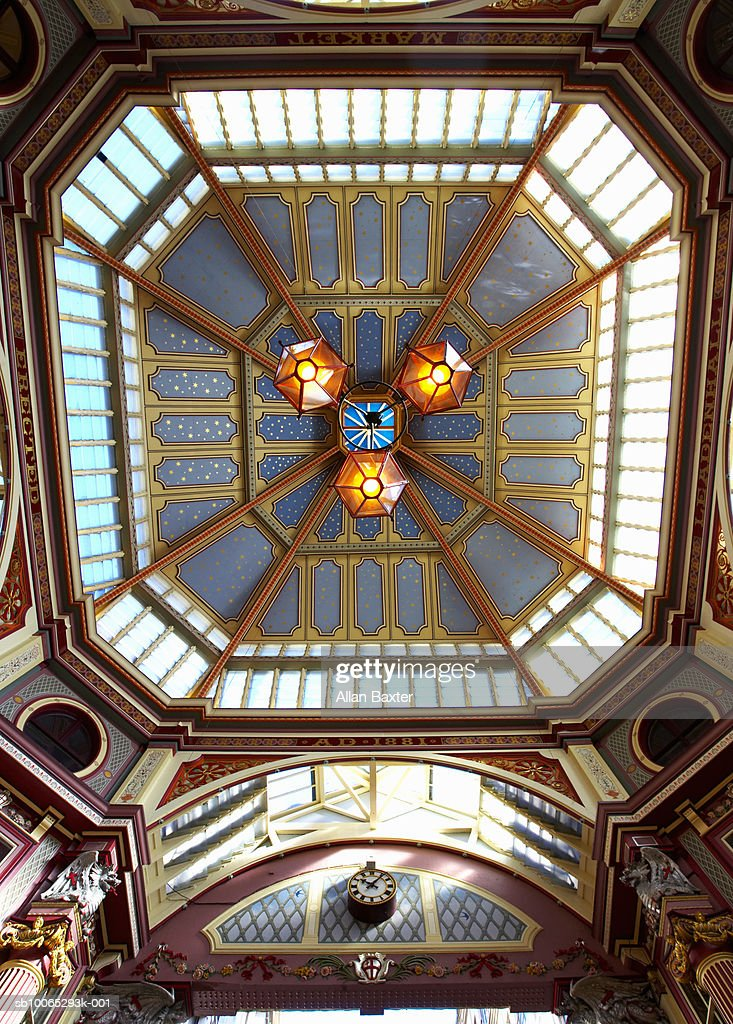 Leadenhall market, low angle view : Foto stock