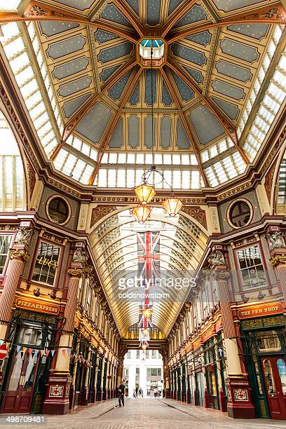 leadenhall market - leadenhall market stock photos and pictures
