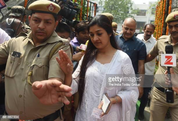 AAP leader Alka Lamba after paying tributes to the martyrs of Hardinge Bomb case of 1915 at Maulana Azad Medical College in New Delhi