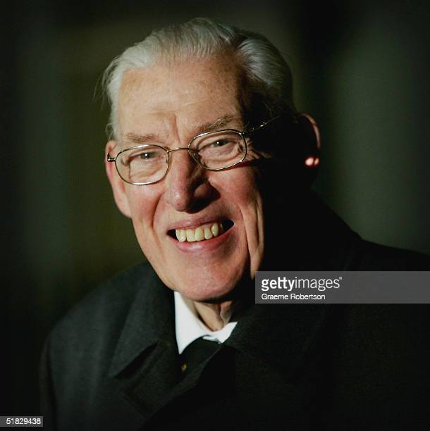 DUP leader Ian Paisley speaks to the press after a meeting with Prime Minister Tony Blair to discuss the restoring of devolution in Northern Ireland...
