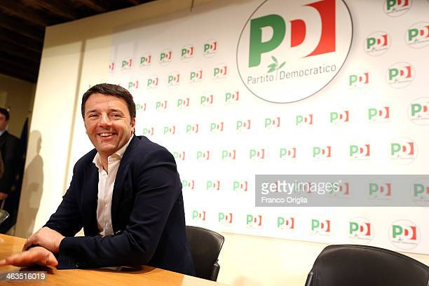 Leader of Italy's centreleft Democratic party and mayor of Florence Matteo Renzi attends a press conference at the end of his meeting with former...