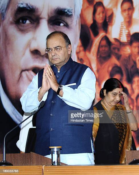 Leader of Opposition in Rajya Sabha Arun Jaitley and Leader of Opposition in Lok Sabha Sushma Swaraj addressing a press conference on the last day of...