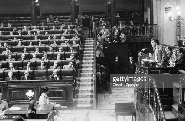 Leader of Spanish Socialist Workers' Party speaks to the Deputies after Adolfo Suarez resigned as Prime Minister   Location Madrid Spain