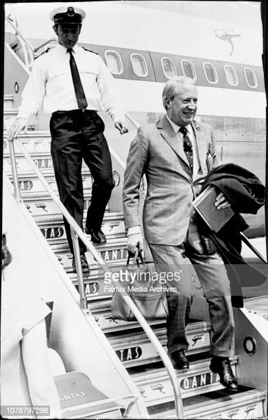 Leader of the British Opposition Mr Edward Heath arriving Mascot today to race his 34 ft sloop Morning Cloud in the Sydney Hobart yacht race Second...