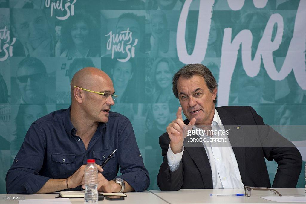 SPAIN-VOTE-POLITICS-CATALONIA : News Photo
