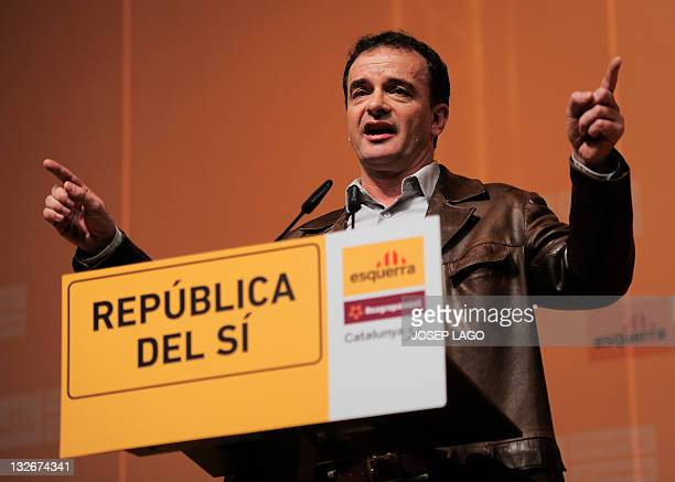 Leader of the ERCRcatCatalunya SI party Alfred Bosch gives a speech during a campaign meeting on November 13 2011 in Barcelona Spain's rightleaning...