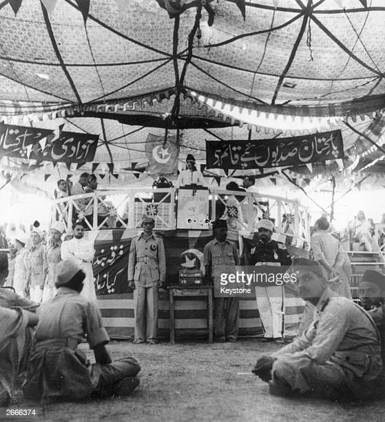 Leader of the Indian Muslim League Muhammad Ali Jinnah addresses delegates of the League at a convention in New Delhi