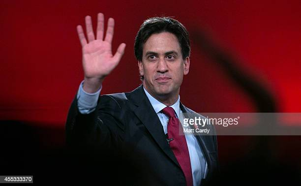 Leader of the Labour Party Ed Miliband speaks at a 'Get Out The Vote' campaign rally in support of the 'no' vote in the Scottish Referendum at the...