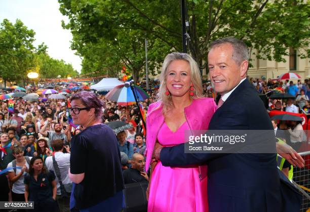 Leader of the Opposition Bill Shorten and his wife Chloe Shorten pose on stage after speaking to supporters of the 'Yes' vote for marriage equality...