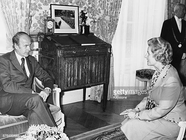 Leader of the Opposition Margaret Thatcher talking to French President Valery Giscard d'Estaing in a meeting at the Elysee Palace Paris circa 1977