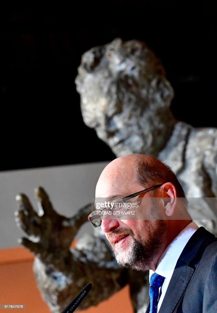 Leader of the Social Democratic Party (SPD) Martin Schulz adresses a press conference at the Willy-Brandt Haus, the Social Democrats Party headquarters in Berlin, on February 13, 2018. Schulz, brought down by a disastrous election and an ill-judged bid to become foreign minister, announced on February 13, his immediate departure as leader of the SPD. / AFP PHOTO / Tobias SCHWARZ
