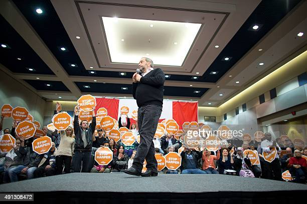 NDP leader Thomas Mulcair speaks at a campaign rally in London Ontario October 4 2015 New polling showed the former frontrunner in Canada's...