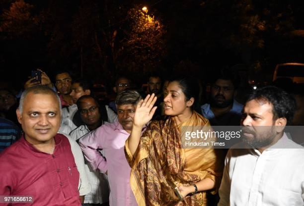 AAP leaders Alka Lamba and Somnath Bharti outside Lieutenant Governor Anil Baijals residence as a sitin protest launched by Delhi chief minister...