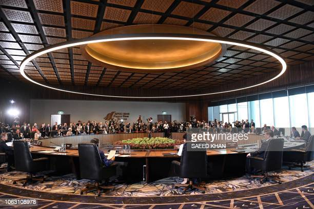 Leaders hold a session during the AsiaPacific Economic Cooperation Summit in Port Moresby on November 18 2018
