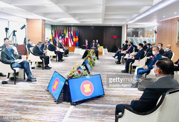 Leaders of ASEAN countries attend a meeting to discuss the Myanmar crisis, at the ASEAN Secretariat Building, Jakarta on April 24, 2021.