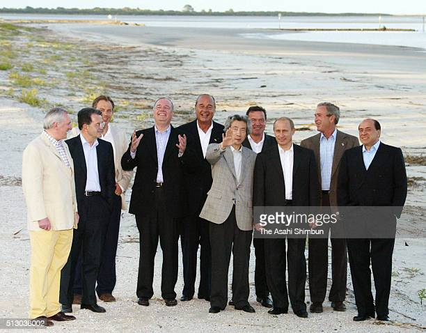 G8 leaders pose during a family photo session during the G8 Summit on June 9 2004 in Savannah Georgia President Bush hosts the 30th G8 summit at Sea...