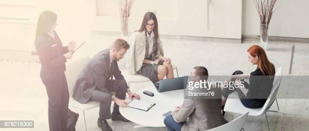 leadership - crisis stock pictures, royalty-free photos & images
