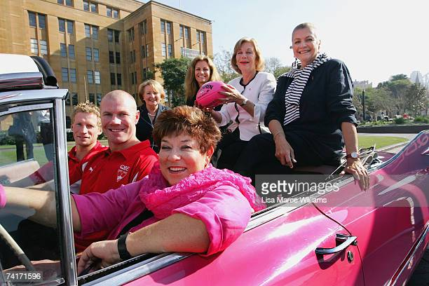 Leading Australian women Janette Howard Tami Roos Ita Buttrose and Maggie Tabberer join together with Lyn Swinburne CEO of Breast Cancer Network...