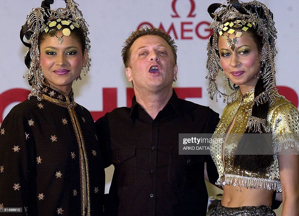 Leading Indian Fashion Designer Rohit Bal Along With A Couple Of News Photo Getty Images