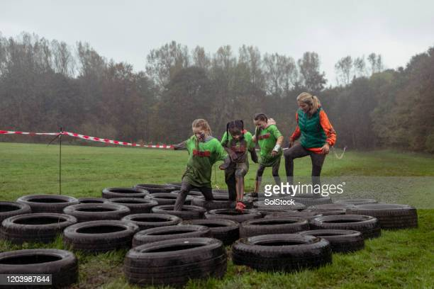 leading ladies - endurance race stock pictures, royalty-free photos & images