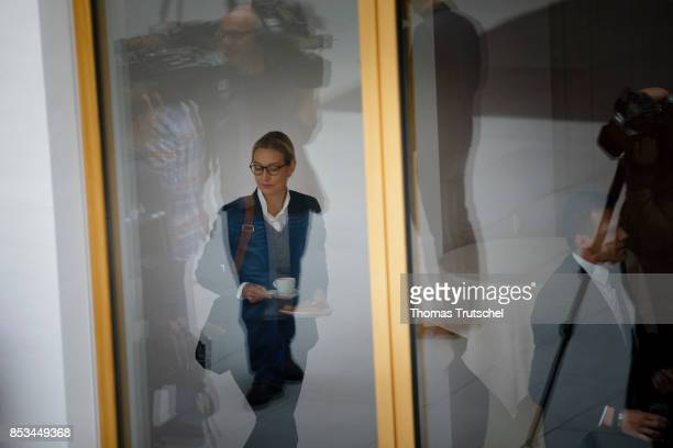 Leading member of the rightwing Alternative for Germany Alice Weidel arrives at Bundespressekonferenz on September 25 2017 in Berlin Germany The AfD...