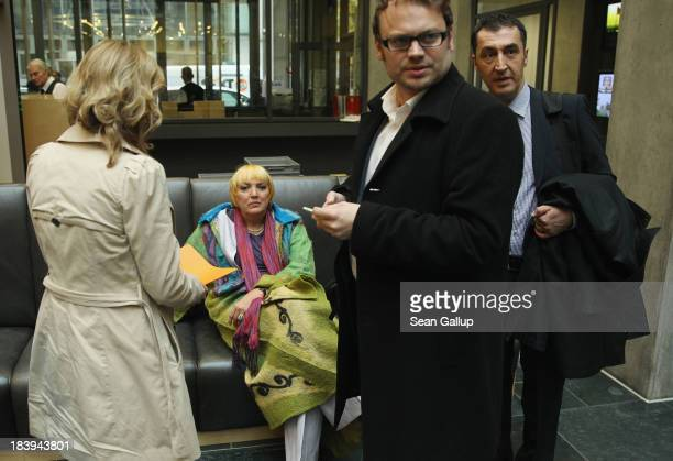 Leading members of the German Greens Party including coChairwoman Claudia Roth and coChariman Cem Oezdemir arrive for talks over a possible...