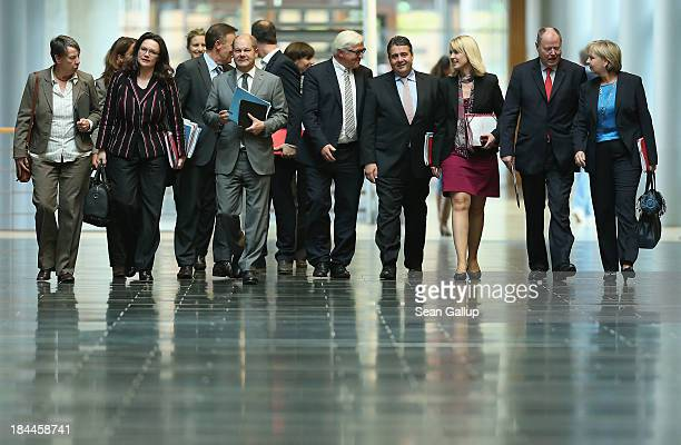 Leading members of the German Social Democrats including Chairman Sigmar Gabriel and SPD Bundestag faction leader FrankWalter Steinmeier arrive for...