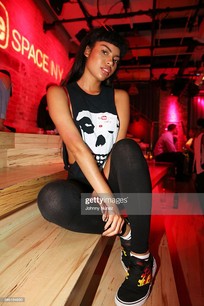 ba 1 4 ros google office stockholm. Leaf Attends YouTube Music Mondays At Google Office On August 1, 2016 In New York Ba 1 4 Ros Stockholm
