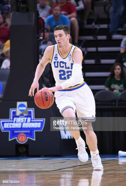 Leaf of the UCLA Bruins dribbles the ball up court against the Cincinnati Bearcats during the second round of the 2017 NCAA Men's Basketball...